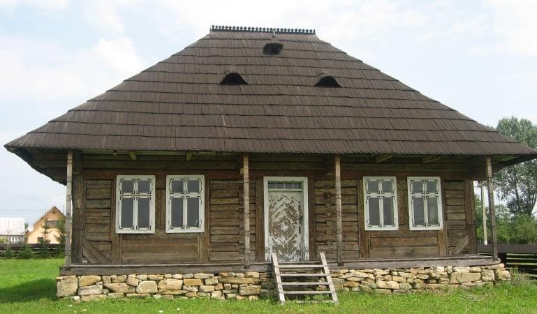 Case vechi paianta
